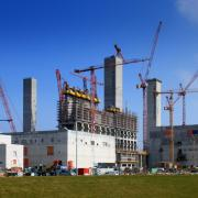 At the Eemshaven power station in the Netherlands, the modular Xclimb 60 system is climbing up to a height of 64.40 m.