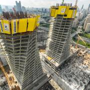 Covering a total area of 690,000 m² with 257,464m² of usable area, the towers will reach heights of 221.3 m and 151.6 m respectively upon completion, covering 52 and 36 storeys. <br />  <br /> Photo: VakifBank_1.jpg <br /> Copyright: Doka <br />