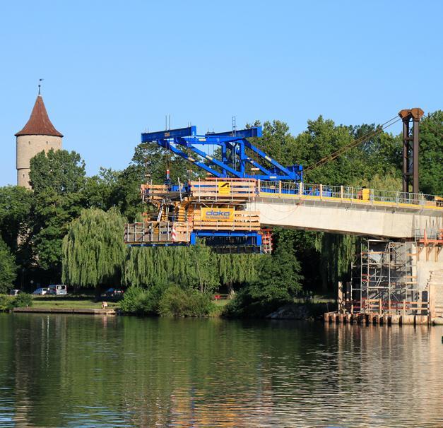 メイン川にかかる橋(オクゼンフ...