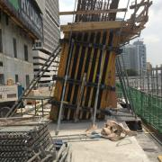 The large-area formwork Top 50 is used to form the slanted columns. Photo: Doka