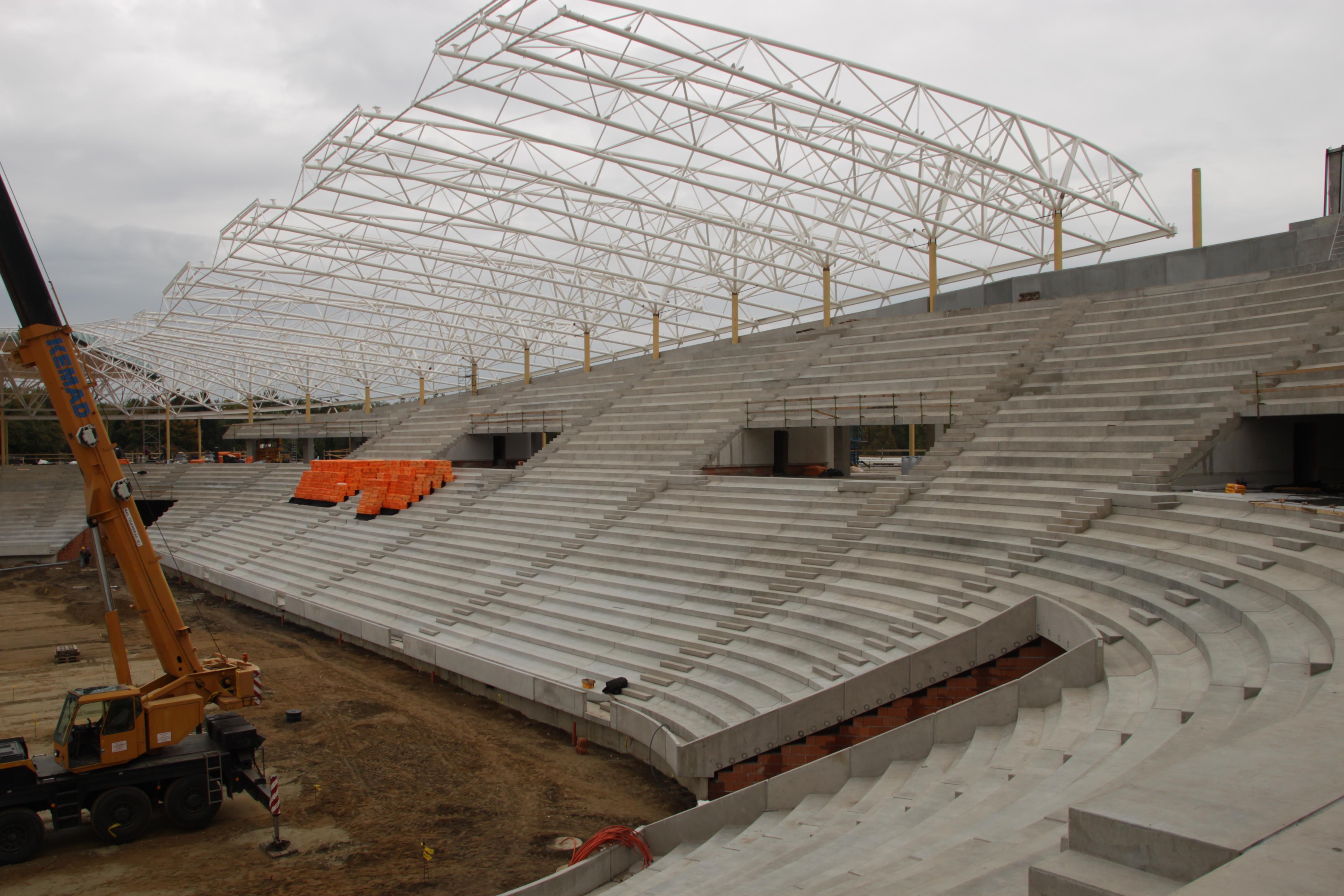 Impresszum. Építtető  Nagyerdei Stadion Rekonstrukciós ... addabcf16b