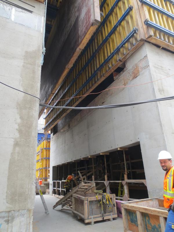 Montreal High End Solution For Small Space Doka