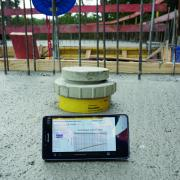 Concremote measures the temperature and strength development of the concrete automatically and in real time. The data can be called up through a secure web portal at any time with a notebook, tablet PC or smartphone. Copyright: Arge Föhrenpark